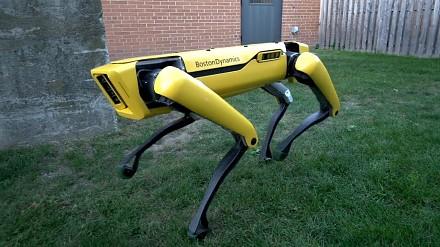 Boston Dynamics pokazuje nowego robota – SpotMini