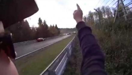 Potężny karambol na torze wyścigowym Nürburgring