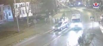 17-latka po kłótni z chłopakiem wbiega pod samochód