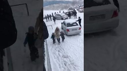 Rosyjski test opon letnich w warunkach zimowych