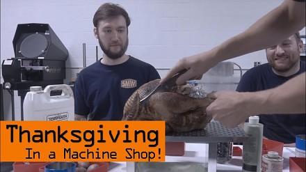 Święto Dziękczynienia w zakładzie produkcyjnym