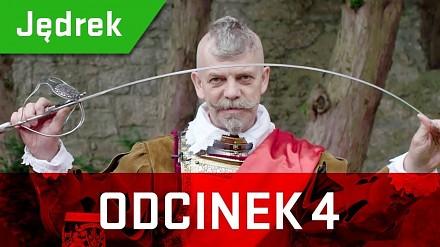 Jędrek, kasztelan zamku Chojnik, opowiada ciekawostki o broni