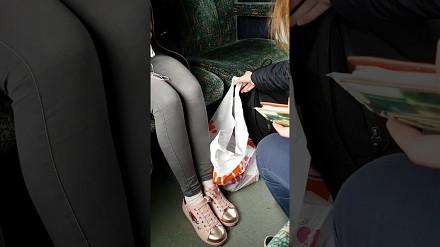 Co zrobić, gdy nie masz biletu w pociągu, a konduktor się zbliża?