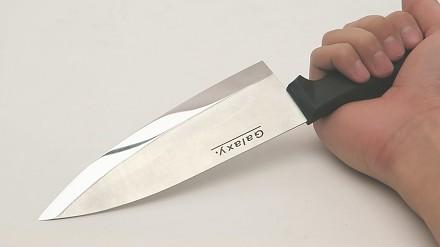 Ostrzenie noża za jednego dolara na kamieniu za 300 dolarów