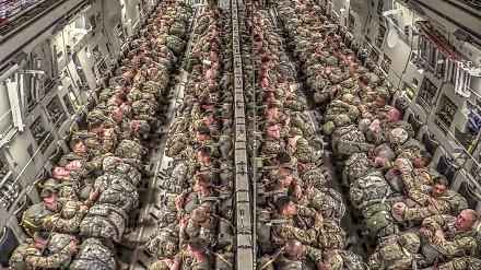 Imponujące ćwiczenia amerykańskich spadochroniarzy