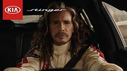 Steven Tyler cofa się w czasie w reklamie Kia