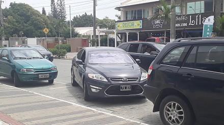Jak wyjechać z parkingu, gdy mamy naprawdę mało miejsca?