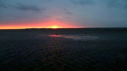 Efektowny odpływ przy zachodzie słońca w Zatoce Chesapeake