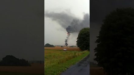 Efektowny pożar turbiny wiatrowej w gm. Gościno
