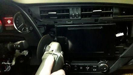 Jak dopasować radio w toyocie? Najlepiej diaksem