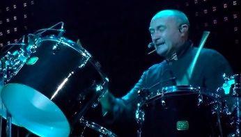 Naprawdę piękny występ Phila Collinsa