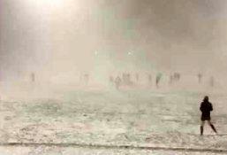 Rugbystom w grze nawet zamieć śnieżna nie przeszkadza