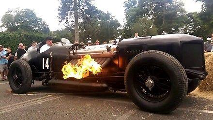 Ognisty potwór Packard-Bentley V12