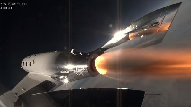 Udany test supersonicznego statku kosmicznego Virgin Space Ship Unity