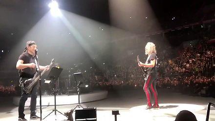 """Metallica gra """"Wehikuł czasu"""" Dżemu"""