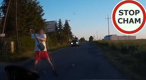 Atak szpadlem na kierowcę w Ustowie