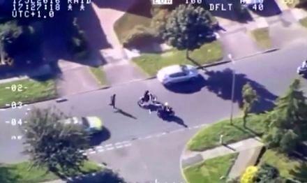 Oto jak brytyjska policja walczy ze złodziejami skuterów