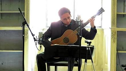 Jak brzmi gitara Stradivariusa z 1679 roku?