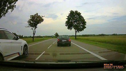 Totalny idiota w BMW!