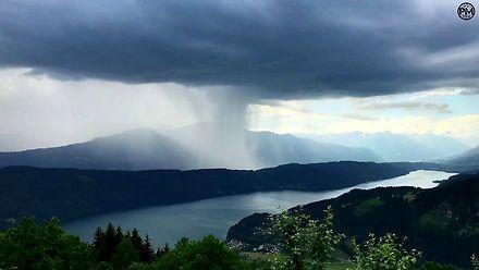 Jak wygląda oberwanie chmury - timelapse