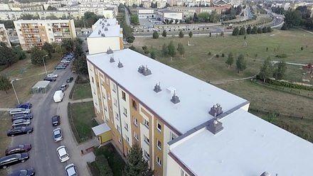 Jak produkowane są powłoki dachowe? - Fabryki w Polsce
