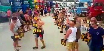 Tak się bawią holenderscy kierowcy ciężarówek
