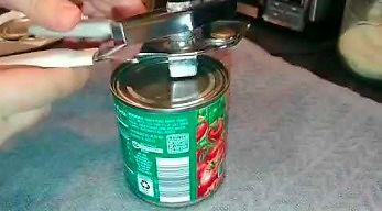 Całe życie źle używaliście otwieracza do konserw