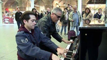 Dwóch świetnych pianistów i kilka publicznych występów