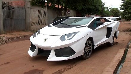Lamborghini Kartontador z Brazylii