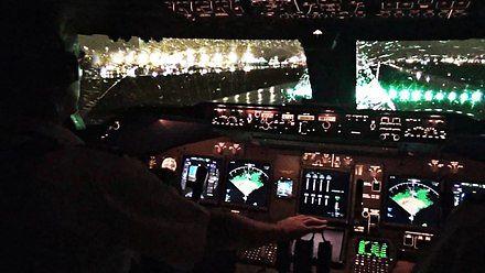Start Boeinga widziany z kabiny pilota