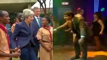 Już wiemy, kto uczył premier May tańca