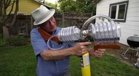 Własnej roboty karabinek plazmowy