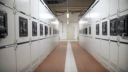Jak powstają instalacje elektryczne hal produkcyjnych? - Fabryki w Polsce
