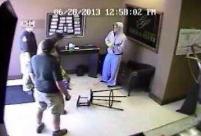 Tak właściciel sklepu rozprawia się ze złodziejami. Szybko i skutecznie!