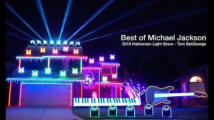 Halloweenowy pokaz świetlny z muzyką Jacksona