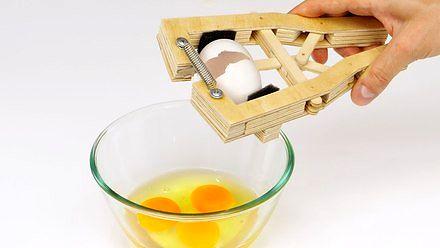 Zrób sobie przyrząd do rozbijania jajek