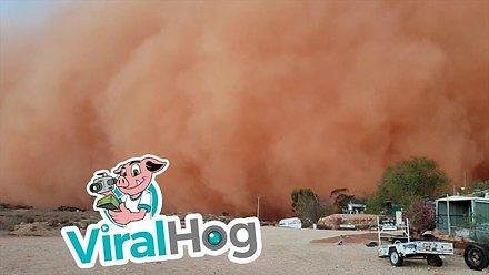 Nadciągająca burza piaskowa w Australii