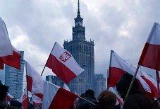 Wiersz o niepodległości w recytacji Piotra Fronczewskiego