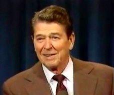 Ronald Reagan opowiada dowcipy o życiu w ZSRR (i nie tylko)