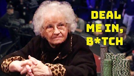 """Babcia """"kradnie"""" show w pokera"""