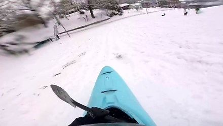 Nie potrzeba nart, deski czy sanek, żeby dobrze się bawić na stoku