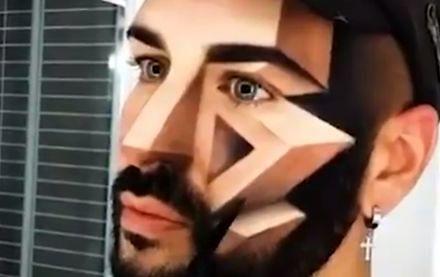 Facet ozdabia swoje ciało niezwykłymi makijażami 3D