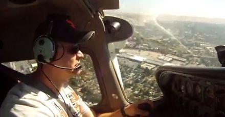 Awaryjne lądowanie na polu golfowym