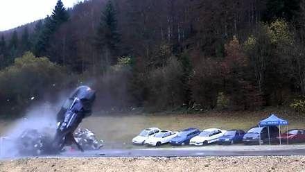 Symulacja wypadku przy 200 km/h