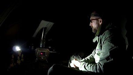 Noc w ogrzewanym namiocie i gotowanie w terenie