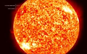 Podróż przez Układ Słoneczny z prędkością światła