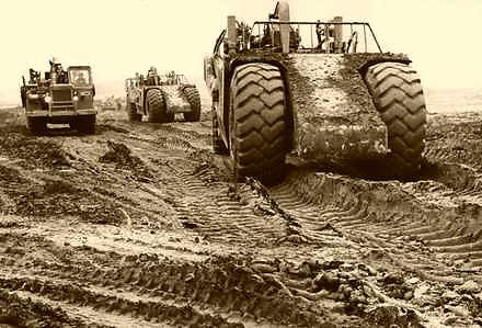 Budowa Huty Katowice sprzedanej później koncernowi ArcelorMittal