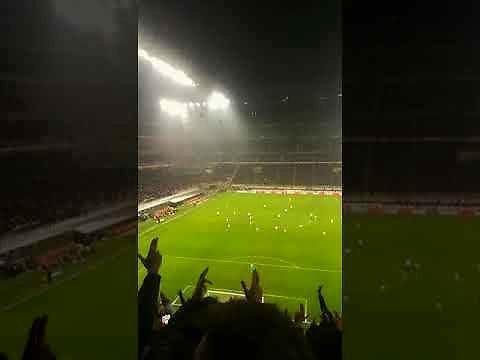 Kibice Milanu w niedzielnym meczu z Cagliari