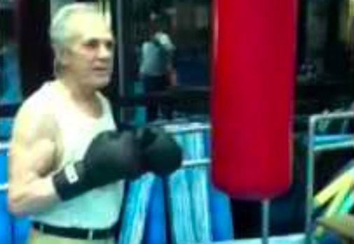 Eder Jofre - czy mistrz boksu w wieku 77 lat da radę jeszcze się bić?