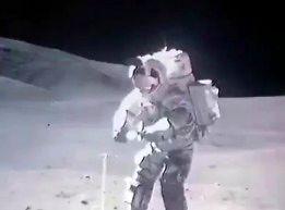 Astronauci nieco przyspieszeni